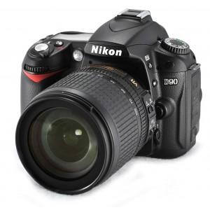 Nikon D90 18-105mm Lens Black