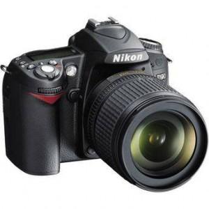 NIKON - D90 - DSLR - 18-105MM VR LENS